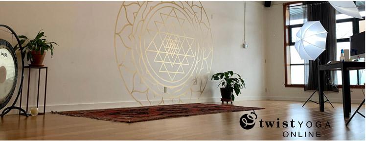 twist-yoga-online-2
